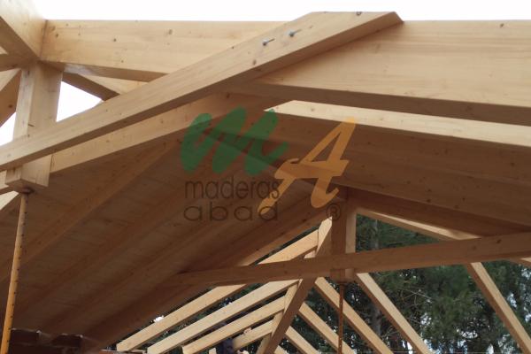 Estructuras de madera maderas miguel abad e hijos s l for Crear una cubierta de madera
