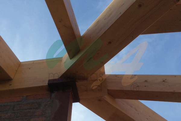 Estructura de madera para cubierta a tres aguas maderas - Estructura tejado madera ...