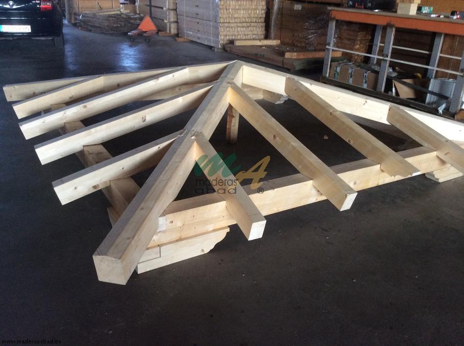 Estructuras de madera cubiertas de madera maderas - Estructura tejado madera ...