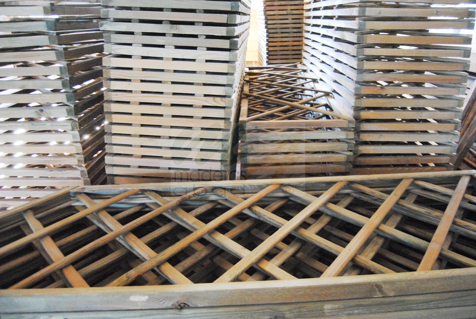 Paneles de madera para jardin finest alfombras para - Paneles madera exterior ...