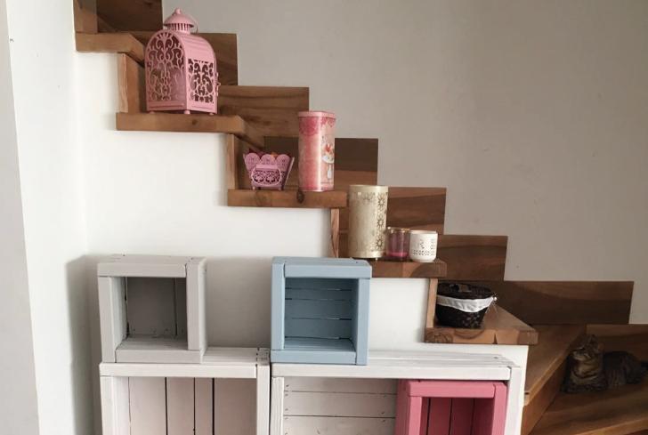 Ideas para transformar huecos de escalera con madera y for Decoracion de escaleras